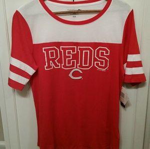 Women's 5th &Ocean Reds shirt